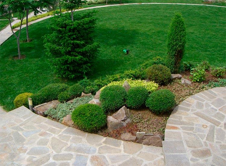 Укладка садовых дорожек