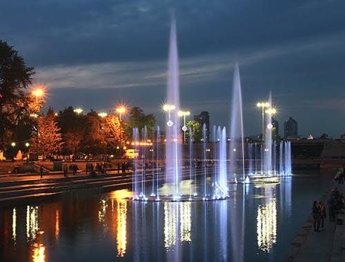 Екатеринбург прощается с поющими фонтанами